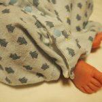 赤ちゃんの足アップ
